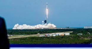 SpaceX 载人飞船首发成功:马斯克的理科式浪漫与载人航天的新起点